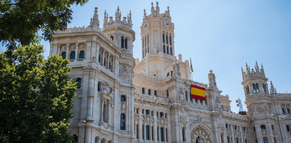 Jak wysłać paczkę z Hiszpanii do Polski?