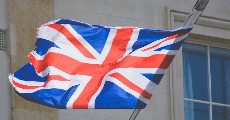 Jak wysyłacie paczki do Anglii?